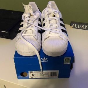 Never worn, NWT Adidas Superstar sneakers.